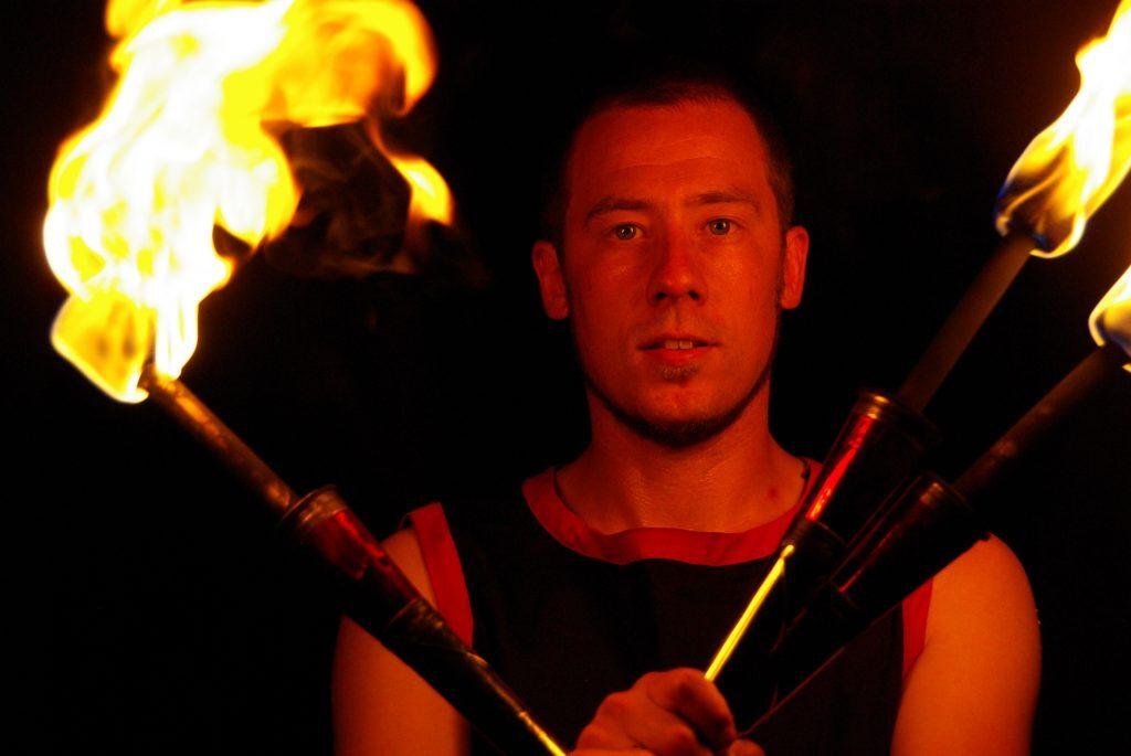 Feuerkünstler Fabian Rieger